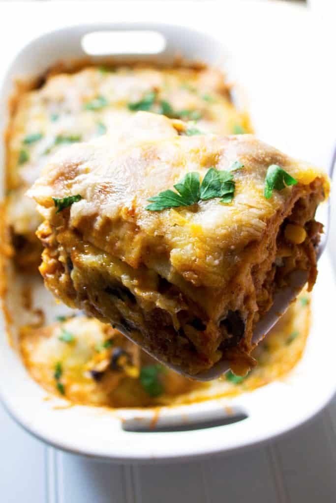 Mexican Chicken Lasagna | This Mexican Chicken Lasagna is spicy, flavorful and quick to put together. This is sure to be your families new favorite dinner request! | Pack Momma Mexican Chicken Lasagna | This Mexican Chicken Lasagna is spicy, flavorful and quick to put together. This is sure to be your families new favorite dinner request! | Pack Momma | https://www.awickedwhisk.com