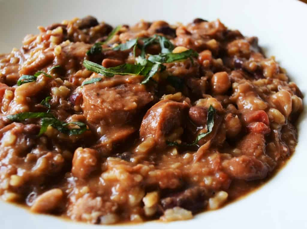 Cajun 15 Bean Soup | This spicy and hearty Cajun 15 Bean soup is the perfect slow cooker meal to treat your family with. | Pack Momma | https://www.awickedwhisk.com