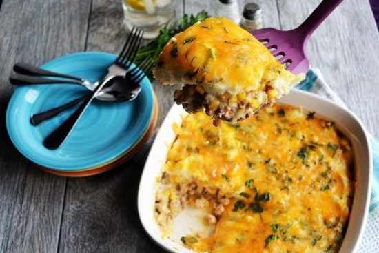 30 Minute Shepherd's Pie | 30 Minute Shepherd's Pie is an easy, delicious meal that you can serve to your family in under 30 minutes and know that they will love it. | Pack Momma | https://www.awickedwhisk.com