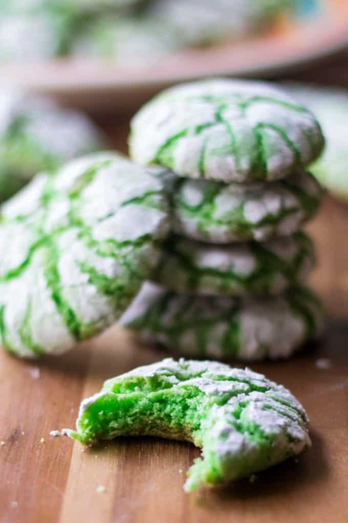 Green Christmas Crinkle Cookies