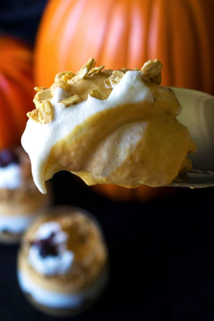 Pumpkin Cheesecake Mousse Parfaits | Satisfy your sweet tooth with these Pumpkin Cheesecake Mousse Parfaits. Super easy to make and delicious to eat, these will be your new fall favorite! | Pack Momma | https://www.awickedwhisk.com