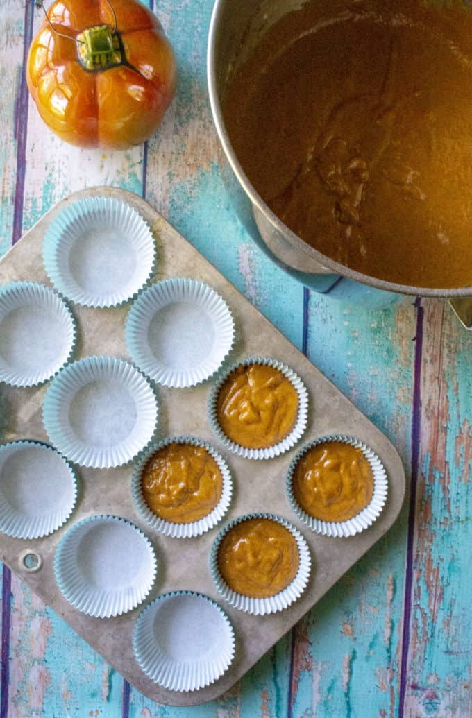 pumpkin cupcakes filled tins