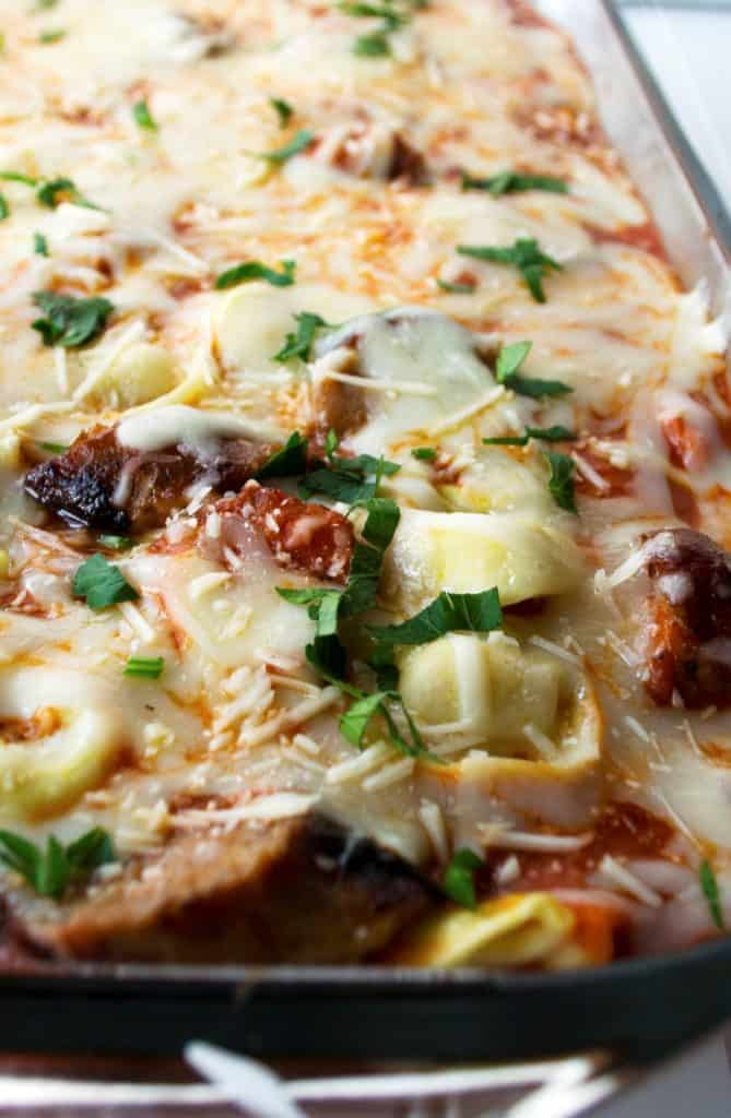 Five Ingredient Baked Tortellini Casserole | This Five Ingredient Baked Tortellini Casserole is the ultimate comfort food. A hot, hearty, delicious meal with only five ingredients and in 30 minutes! | Pack Momma | https://www.awickedwhisk.com