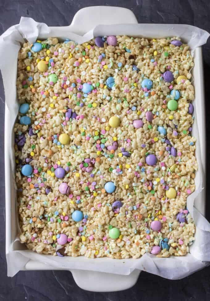 rice krispie easter treats in a pan