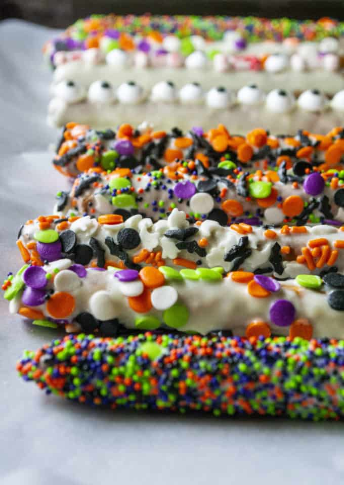 decorated chocolate pretzels