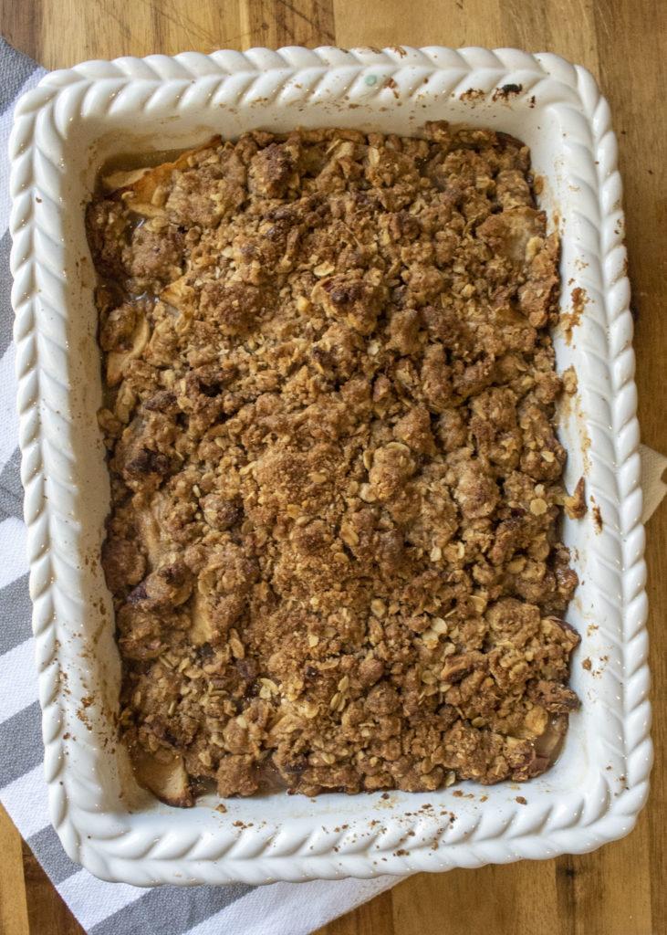 pan of apple crisp