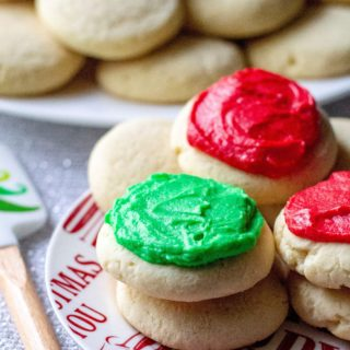 Copycat Lofthouse Sugar Cookies are thick soft cake-like cookies like the ones you find in the grocery store, slathered with sweet homemade buttercream frosting.