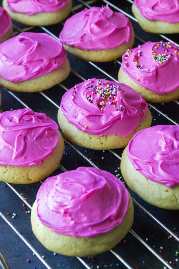 hot pink sugar cookies