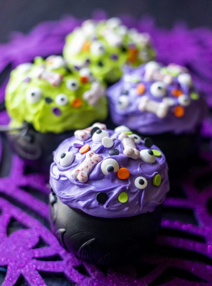 witch cauldron cupcakes