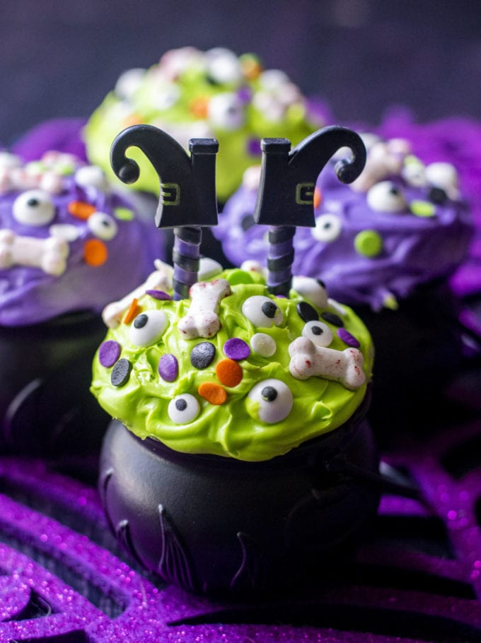 halloween witch cupakes