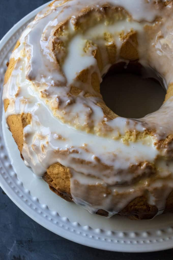 lemon donut bundt cake
