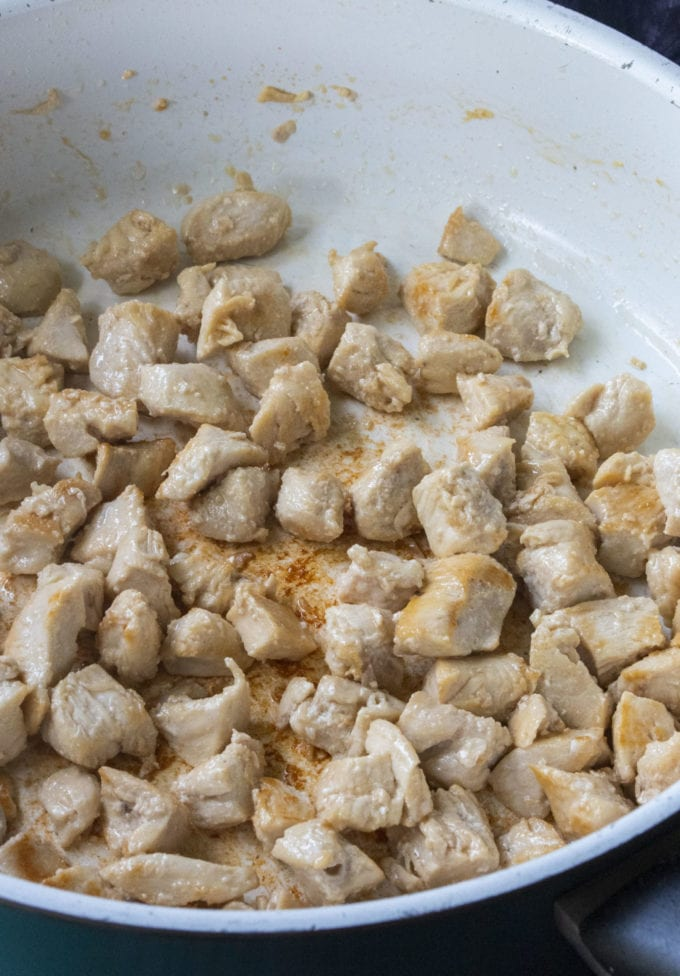 saute chicken breasts bites